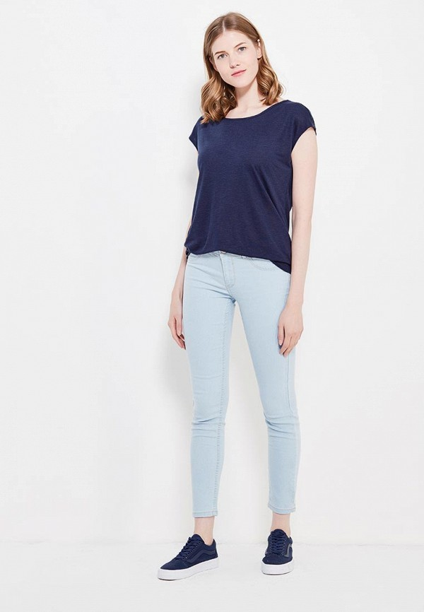 Фото 2 - женскую футболку Sela синего цвета
