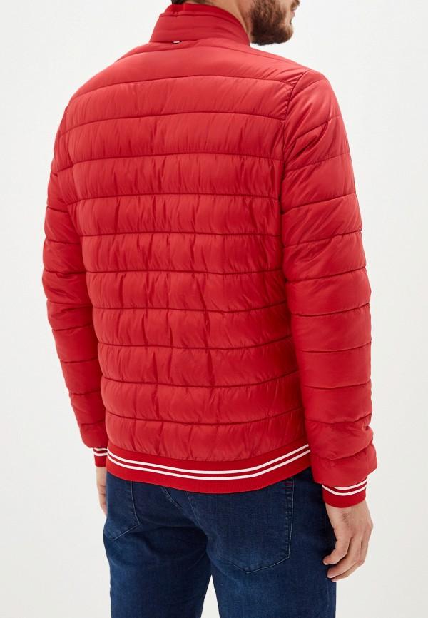 Фото 3 - Куртку утепленная Strellson красного цвета