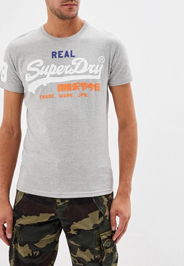 Фото - Мужскую футболку Superdry серого цвета