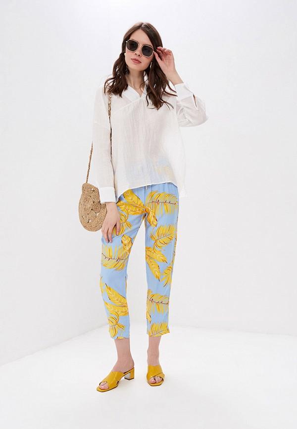 Фото 2 - женские брюки Sweewe голубого цвета
