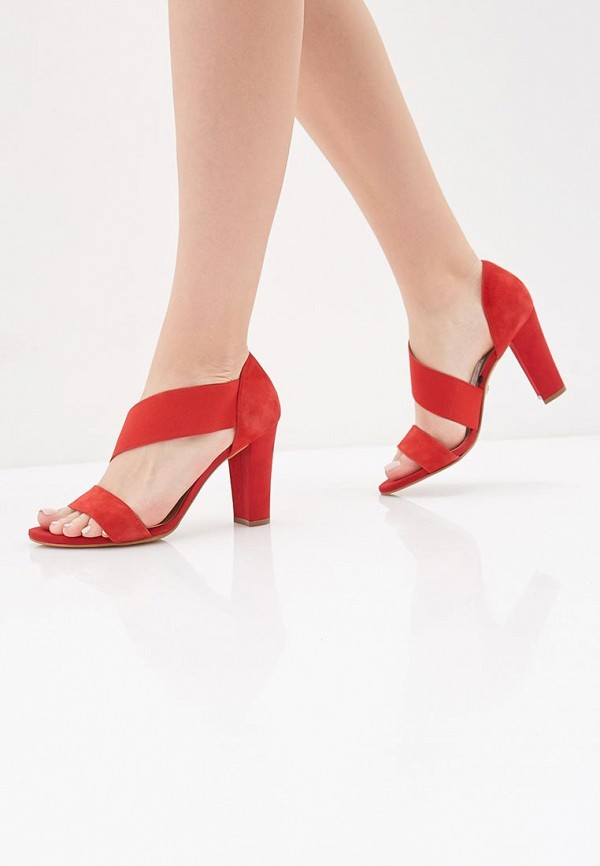 Фото 6 - женские босоножки Tamaris красного цвета