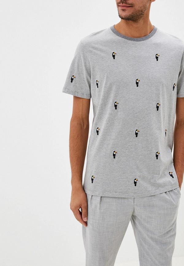 Фото - Мужскую футболку Ted Baker London серого цвета
