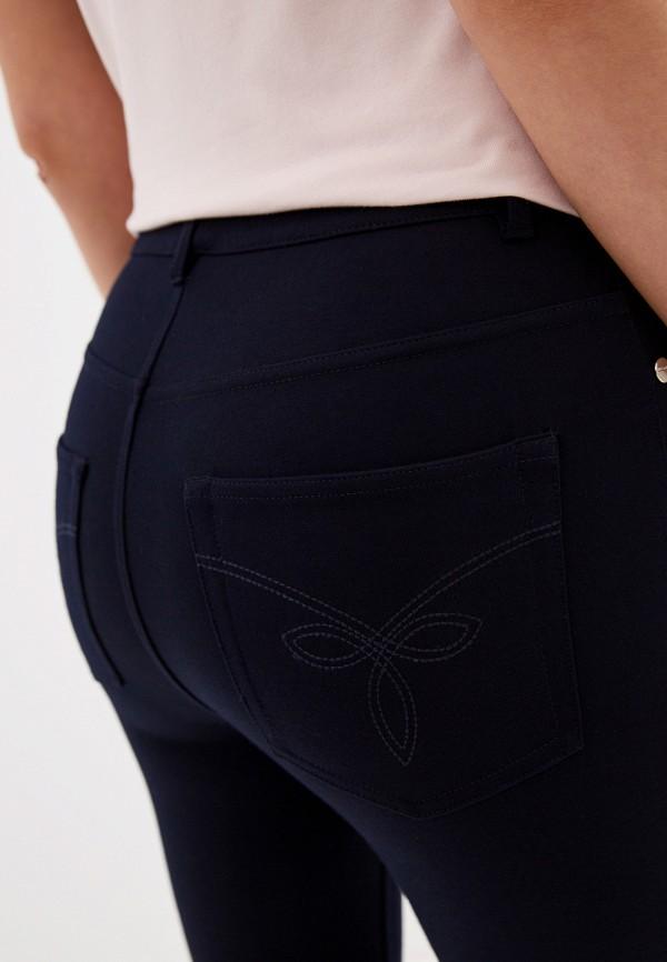 Фото 4 - Женские брюки Ted Baker London синего цвета