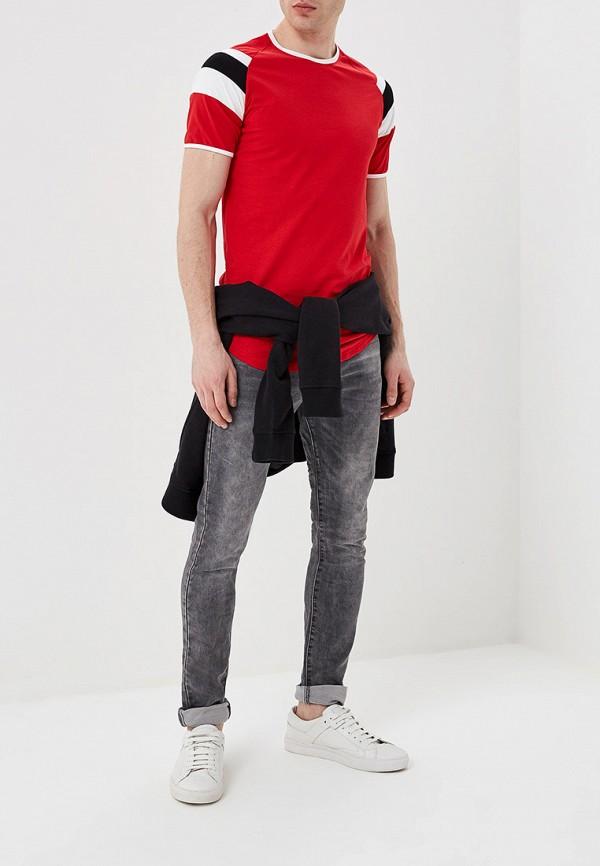 Фото 2 - мужскую футболку Terance Kole красного цвета