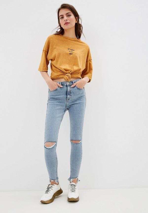 Фото 2 - женские джинсы Topshop голубого цвета