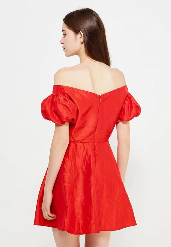 Фото 6 - женское платье Topshop красного цвета