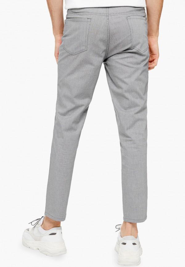 Фото 3 - Мужские брюки Topman серого цвета