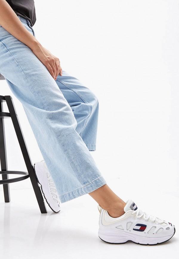 Фото 6 - женские кроссовки Tommy Jeans белого цвета