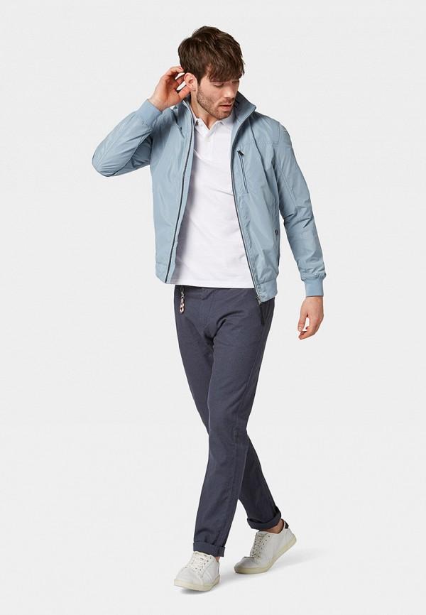 Фото 2 - мужские брюки Tom Tailor серого цвета