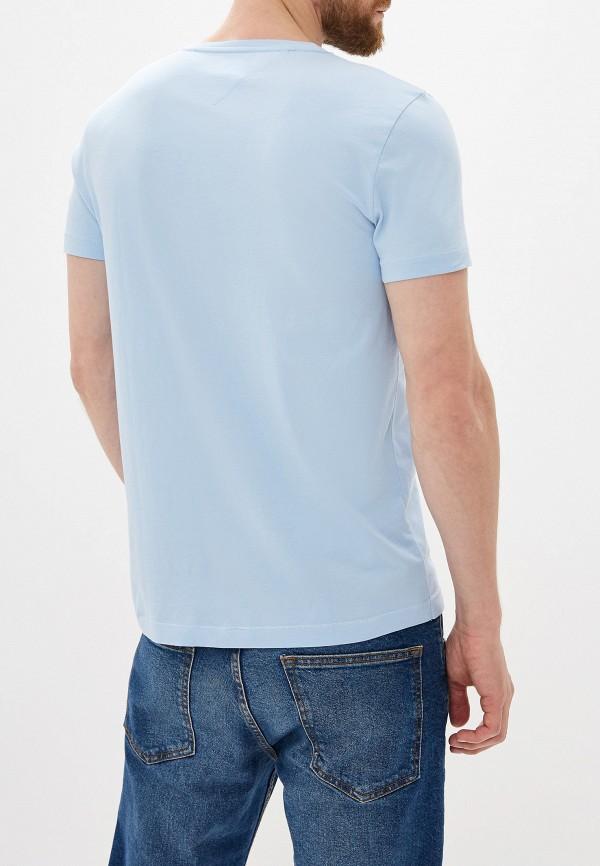 Фото 3 - Мужскую футболку Tommy Hilfiger голубого цвета