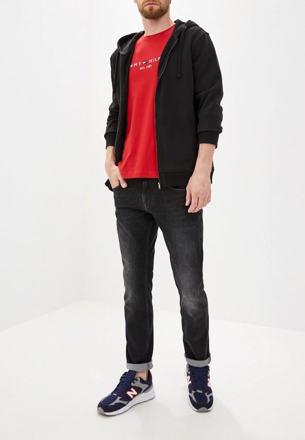 Фото 2 - Мужские джинсы Tommy Hilfiger черного цвета