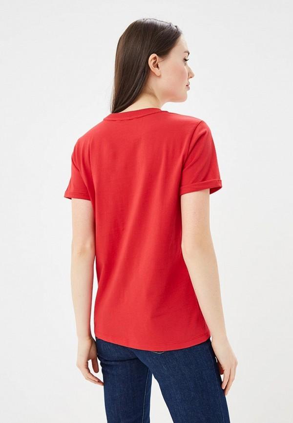 Фото 3 - женскую футболку Tommy Hilfiger красного цвета