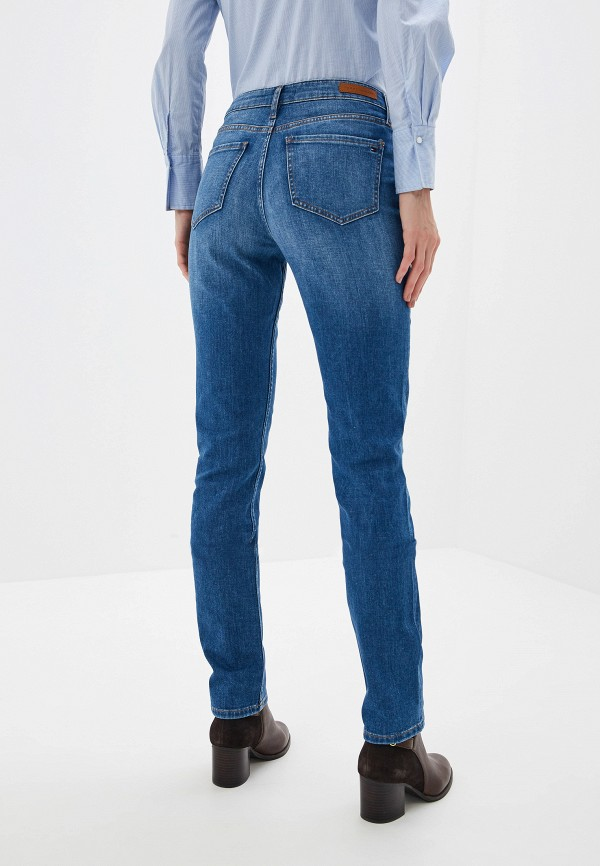 Фото 3 - женские джинсы Tommy Hilfiger синего цвета