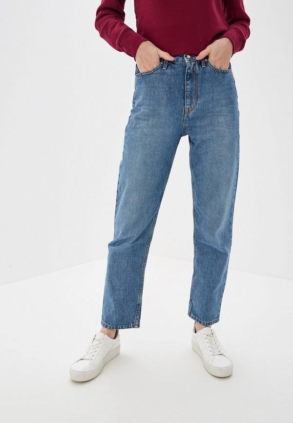 Фото - женские джинсы Tommy Hilfiger голубого цвета