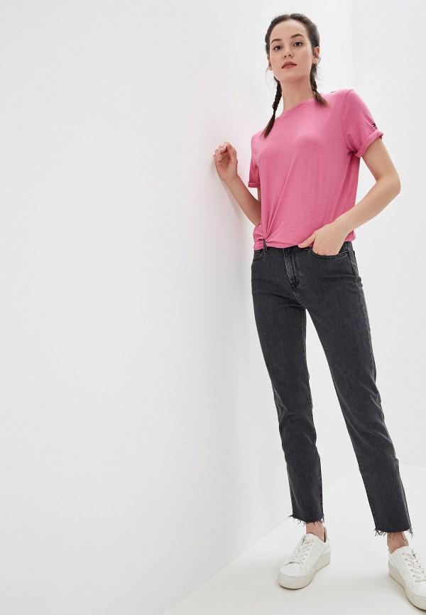 Фото 2 - женскую футболку Tommy Hilfiger розового цвета