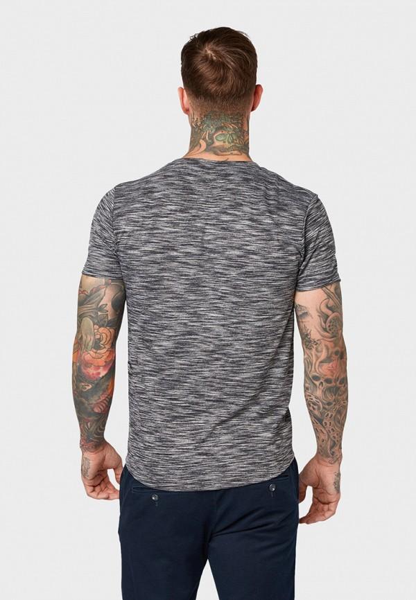 Фото 3 - мужскую футболку Tom Tailor Denim серого цвета