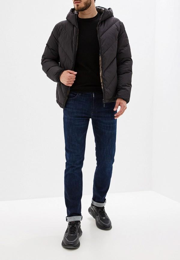 Фото 3 - мужской пуховик Trussardi Jeans разноцветного цвета
