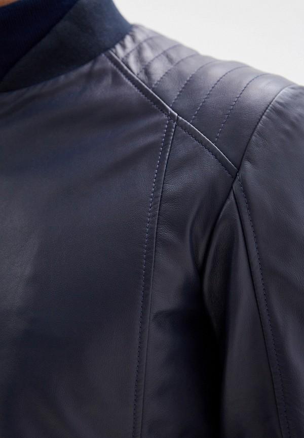 Фото 5 - Куртку кожаная Trussardi Jeans синего цвета