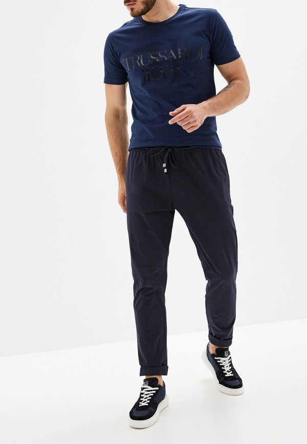 Фото 2 - мужскую футболку Trussardi Jeans синего цвета