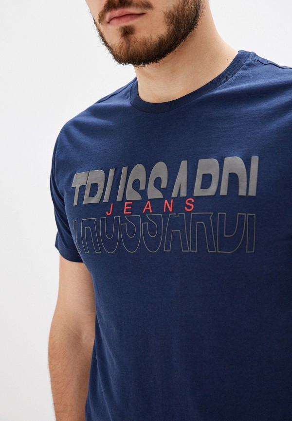 Фото 4 - мужскую футболку Trussardi Jeans синего цвета