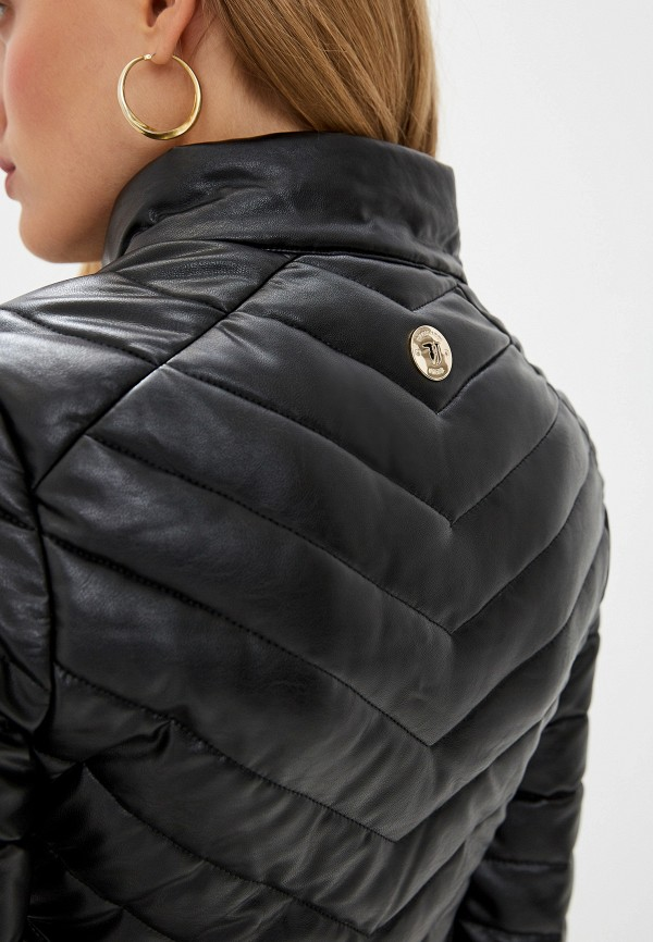 Фото 5 - Куртку кожаная Trussardi Jeans черного цвета