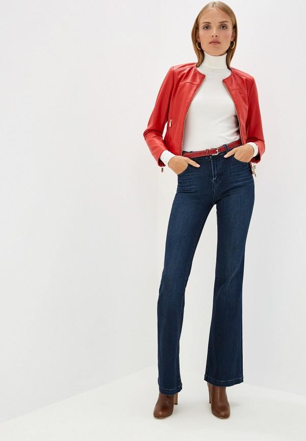 Фото 2 - Куртку кожаная Trussardi Jeans красного цвета