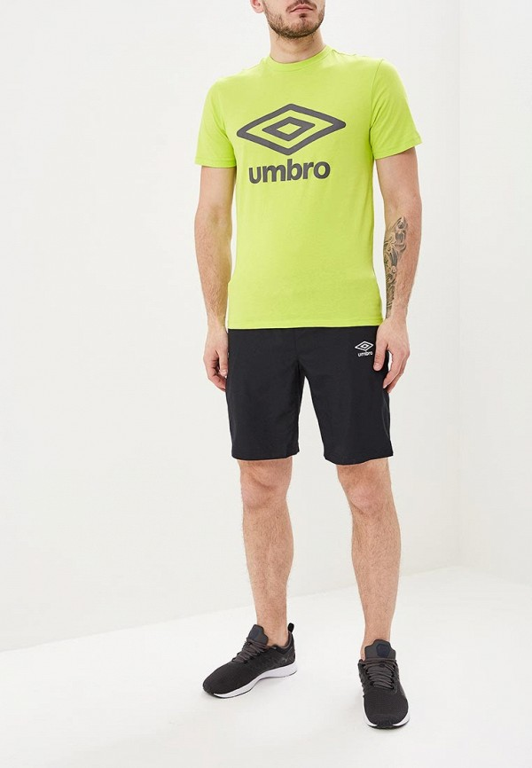 Фото 2 - мужскую футболку Umbro желтого цвета