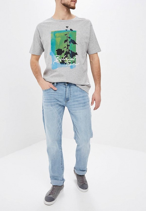 Фото 2 - мужскую футболку United Colors of Benetton серого цвета