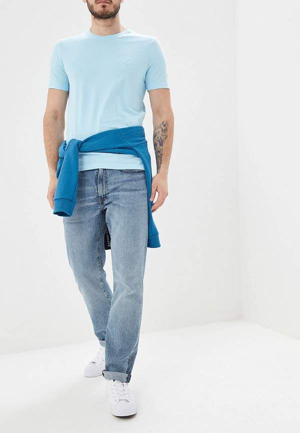 Фото 2 - мужскую футболку United Colors of Benetton голубого цвета