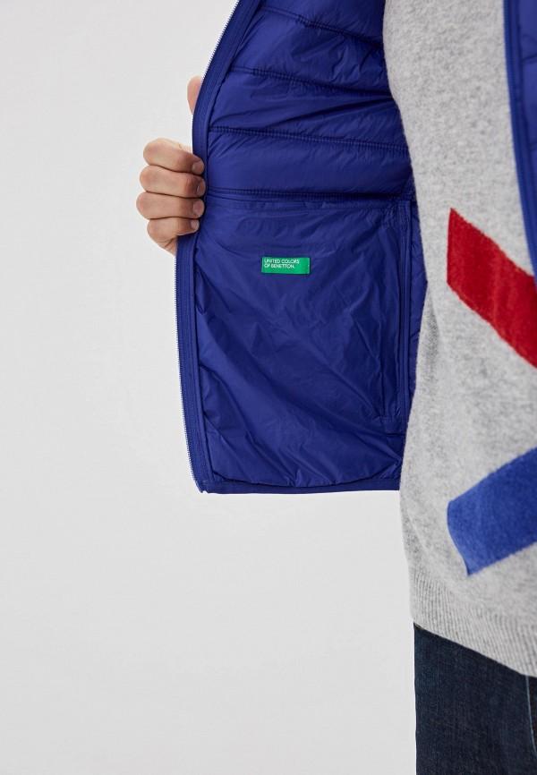 Фото 4 - Жилет утепленный United Colors of Benetton синего цвета