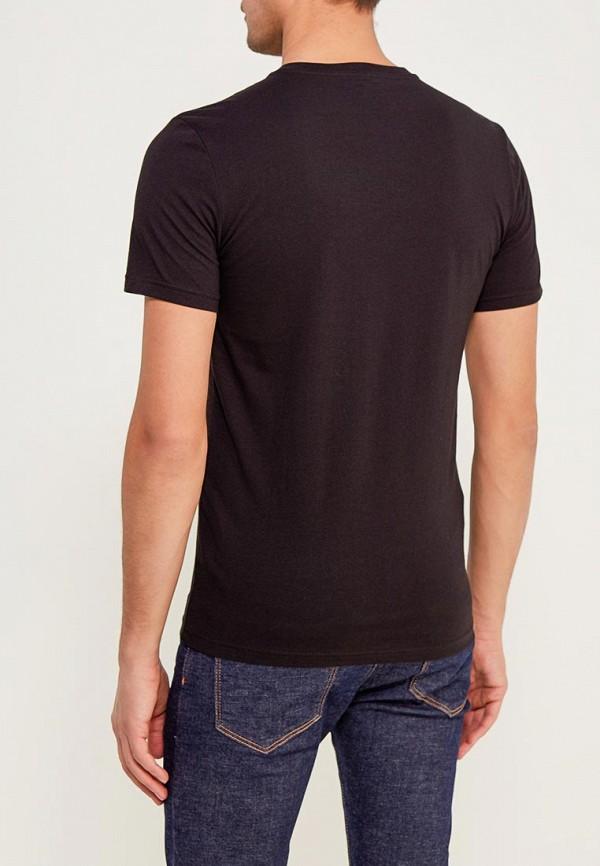 Фото 3 - мужскую футболку United Colors of Benetton черного цвета