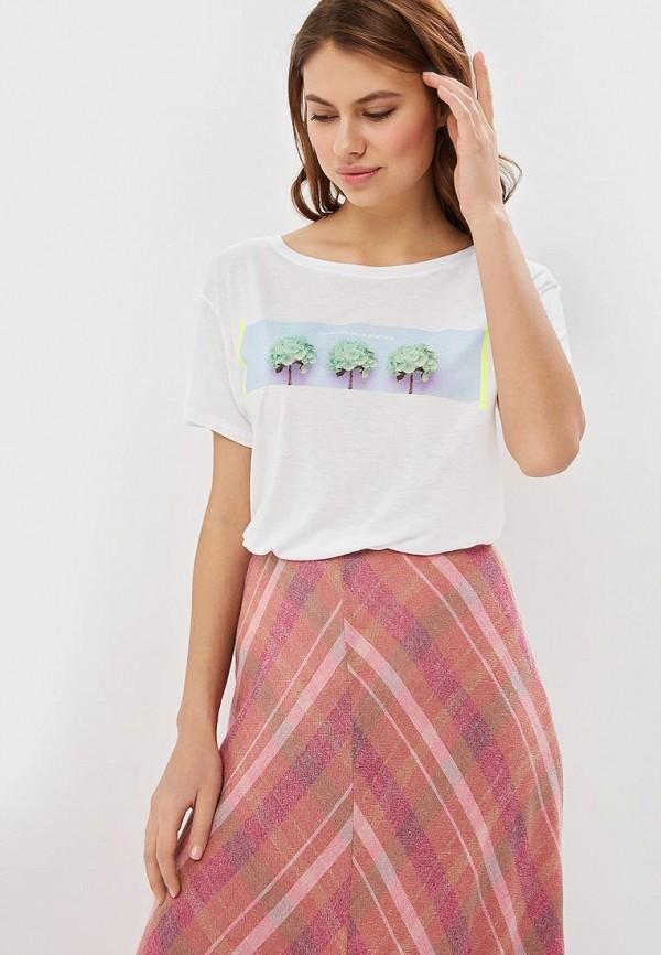 Фото - женскую футболку United Colors of Benetton белого цвета