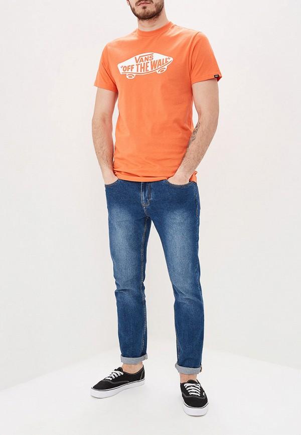 Фото 2 - Футболку спортивная Vans оранжевого цвета