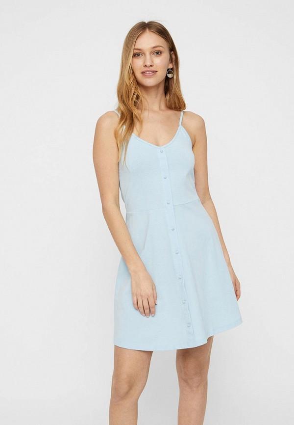 Фото 2 - женское платье Vero Moda голубого цвета
