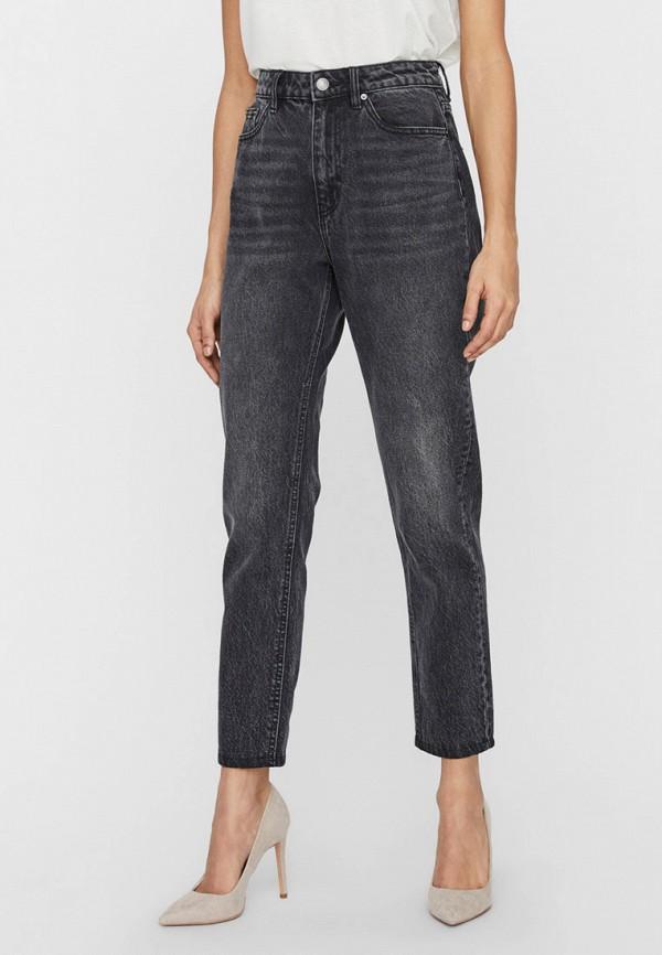 женские джинсы-мом vero moda, серые