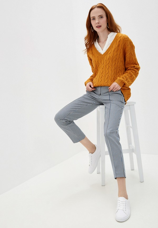 Фото 2 - женский пуловер Vila желтого цвета