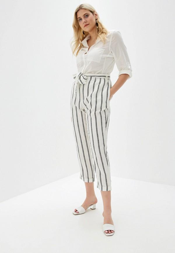 Фото 2 - женские брюки Violeta by Mango белого цвета