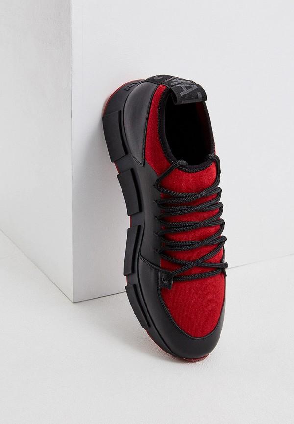 Фото 2 - Женские кроссовки Vic Matie красного цвета