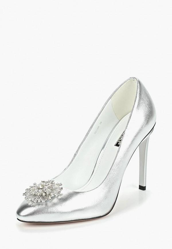 Фото 2 - женские туфли Vitacci серебрянного цвета
