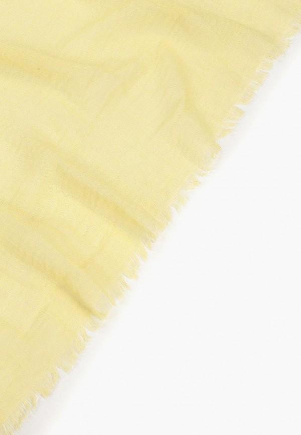 Фото 2 - женский палантин Vitacci желтого цвета