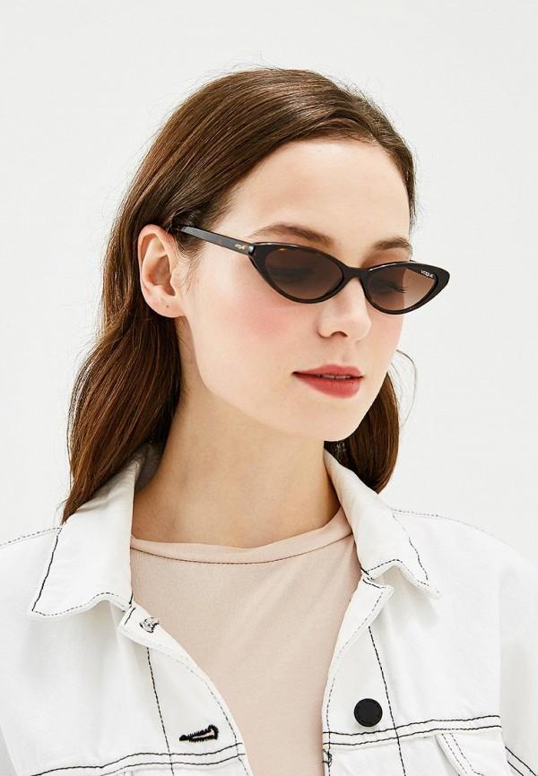 Фото 4 - Очки солнцезащитные Vogue® Eyewear коричневого цвета