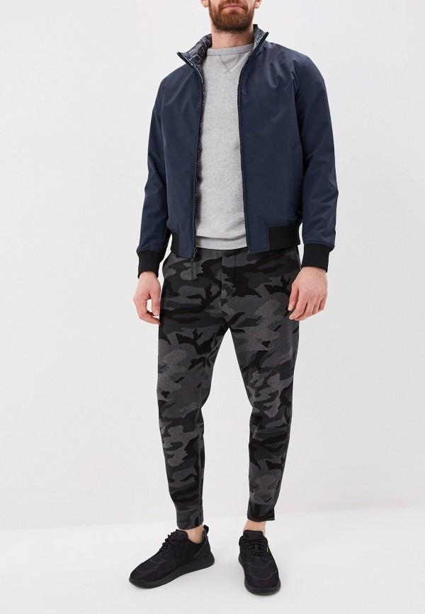 Фото 3 - Куртку Woolrich серого цвета