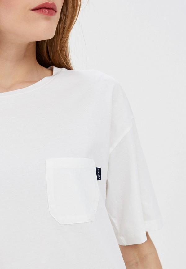 Фото 4 - женскую футболку Woolrich белого цвета