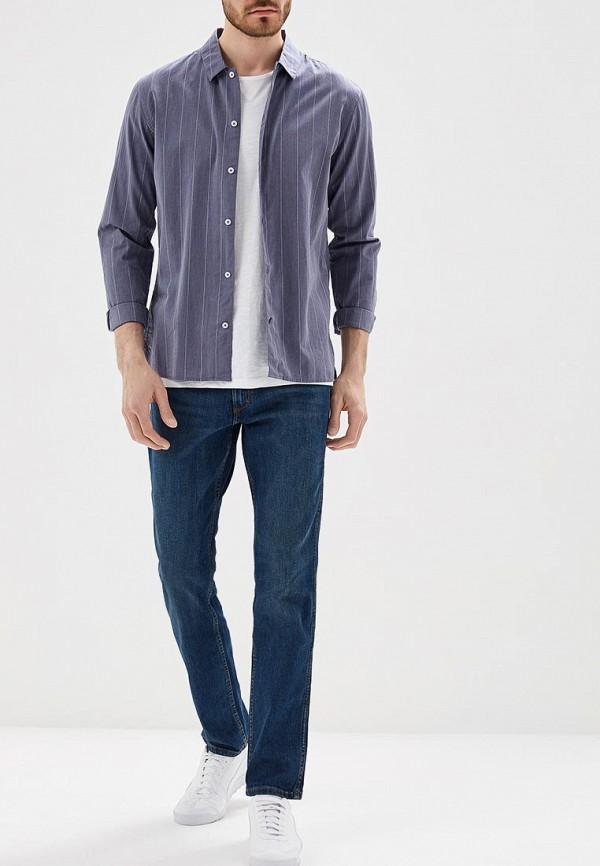 Фото 2 - мужские джинсы Wrangler синего цвета