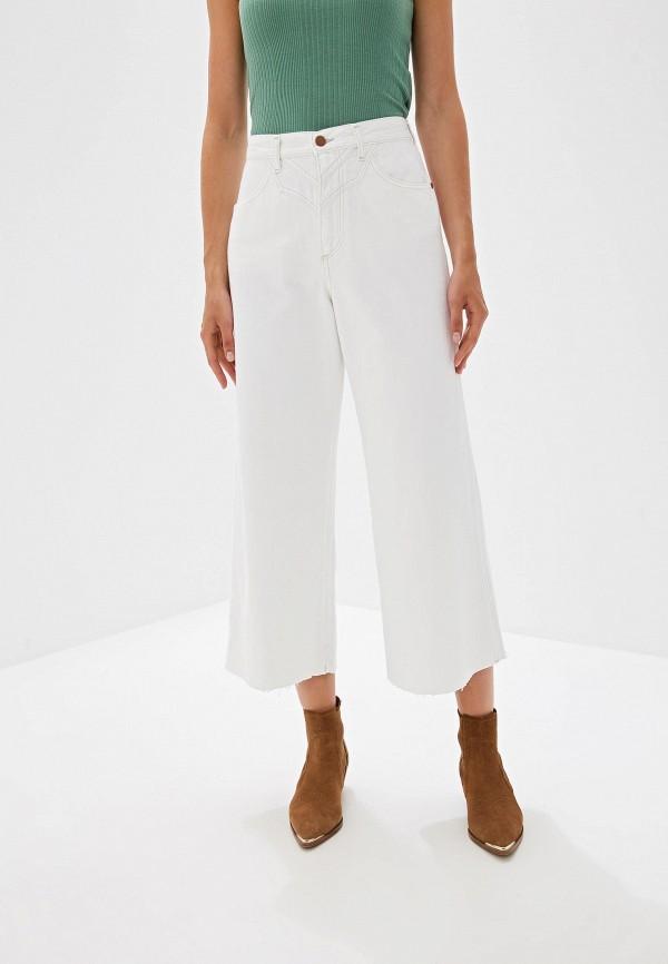 женские джинсы клеш wrangler, белые