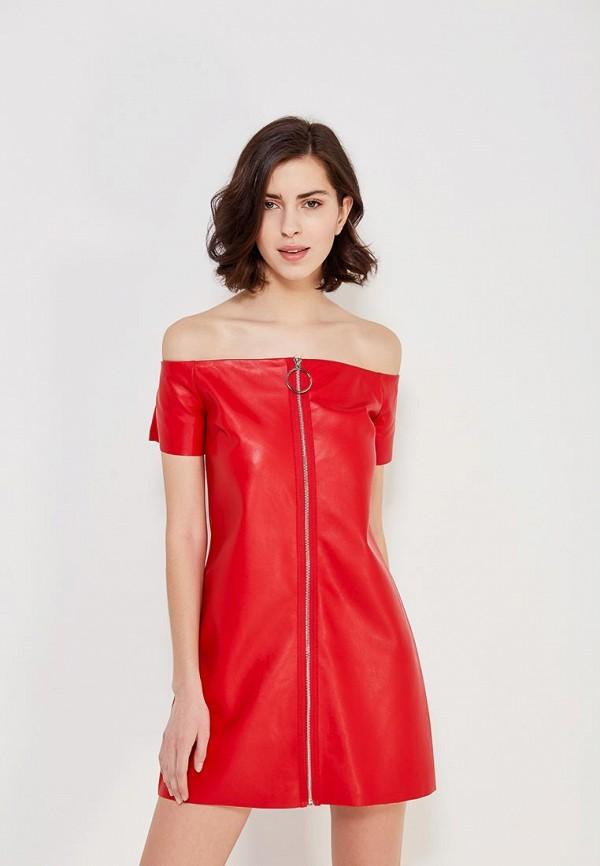 Фото 4 - Платье You&You красного цвета