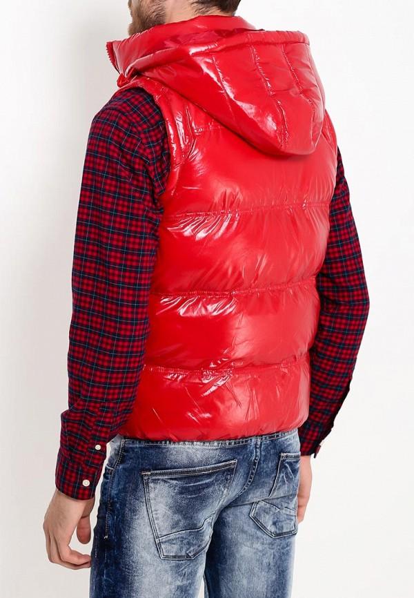 Фото 12 - Жилет утепленный Young & Rich красного цвета
