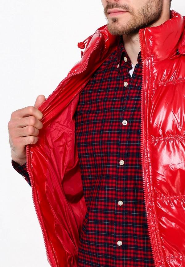 Фото 13 - Жилет утепленный Young & Rich красного цвета