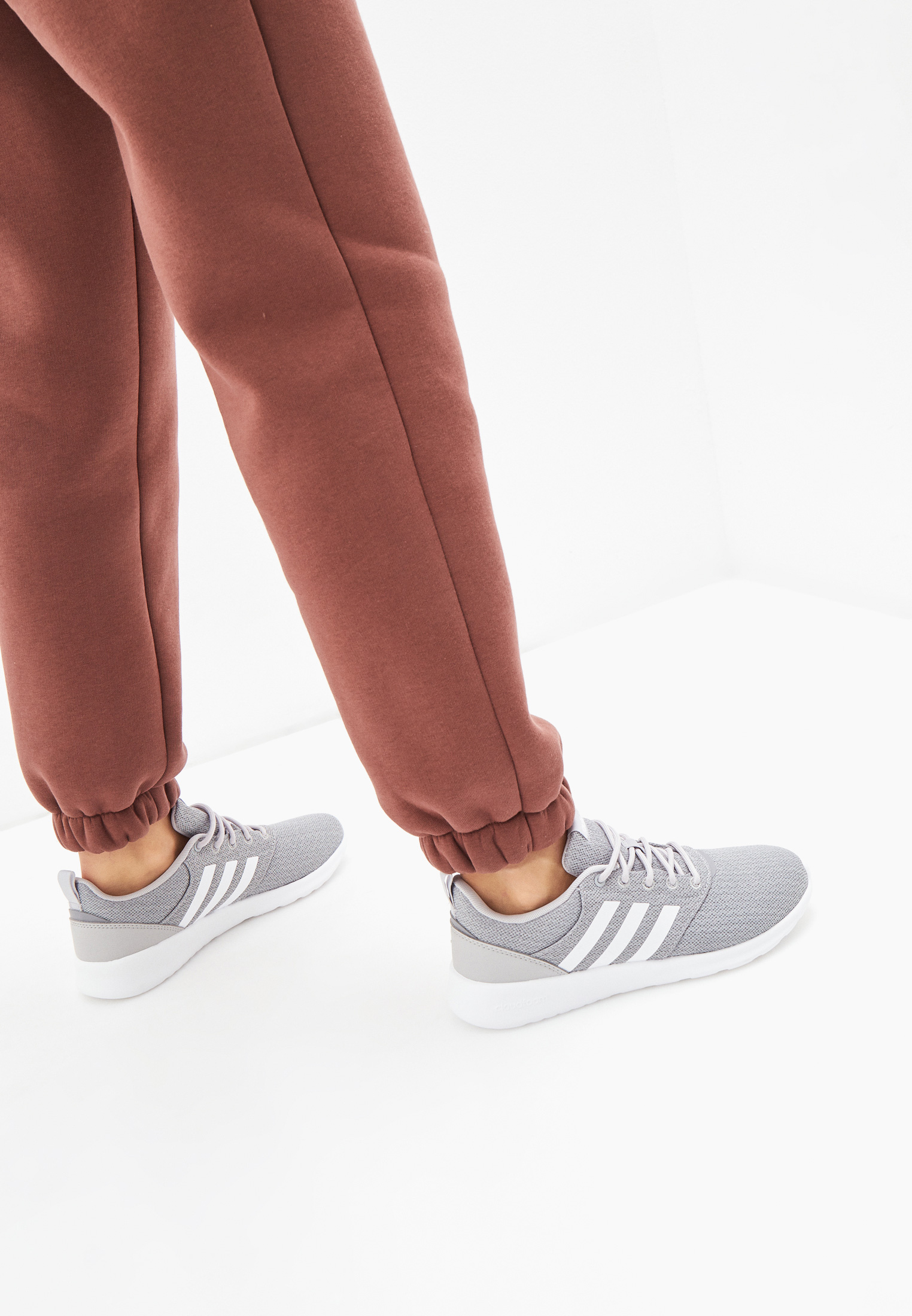 Женские кроссовки Adidas (Адидас) FY8312: изображение 6