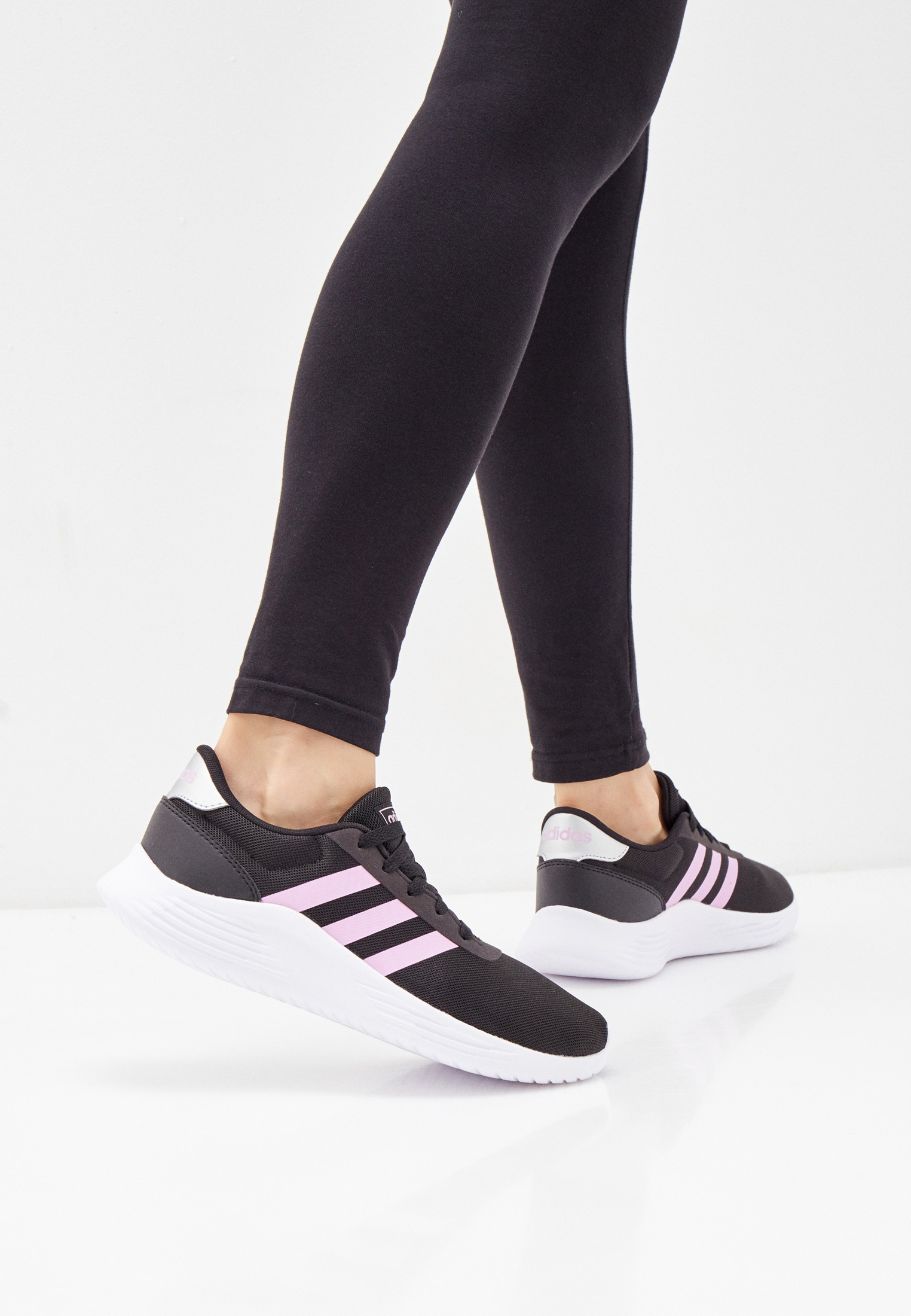 Женские кроссовки Adidas (Адидас) FZ0383: изображение 6